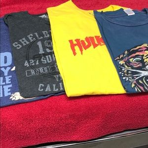 Men's Tee shirts four various in size XXL.